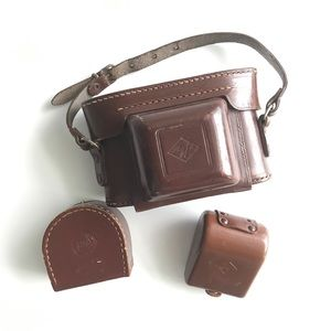 Agfa Silette 1950s leather camera case accessories